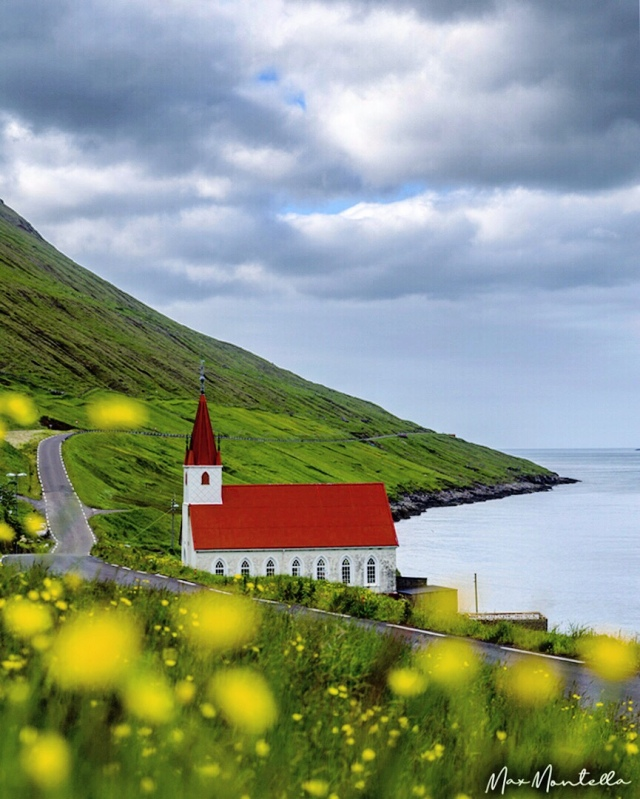A fantastic corner of daily routine in Faroe Islands, a really majestic place!